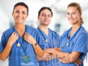 130 bin sağlık çalışanına lisans tamamlama hakkı verildi