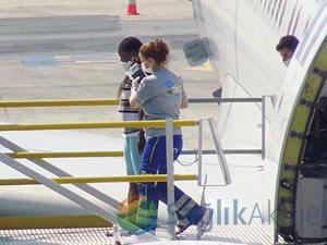 """""""Ebola"""" şüphesiyle hastaneye kaldırılan yolcunun sağlık durumu..."""