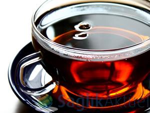 """""""Doğu bölgelerinde fazla tüketilen çay yemek borusu kanseri nedeni"""""""