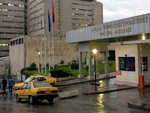 İbni Sina Hastanesi'nin atık bölümünde patlama oldu!