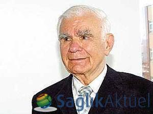"""Prof. Dr. Yaşargil: """"Beyin cerrahlarını yetiştirmeye hazırım"""""""