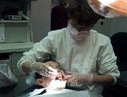 Diş ağrıyınca doktora gitmek, tedavi masrafını artırıyor