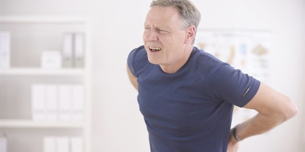 """""""Tedavi edilmeyen bel fıtığı sakat bırakabiliyor"""""""