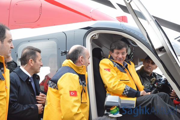Sağlık filosuna '798 ambulans' daha katıldı