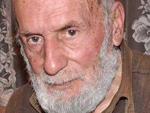 89 yaşındaki Mehmet İnanç 55 yıldır uyumuyor