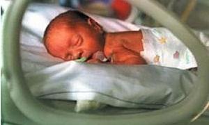 Parmak bebek yaşam savaşını kaybetti!