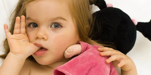 Çocuklarda diş ve çeneyi bozan alışkanlıklara müdahale şart