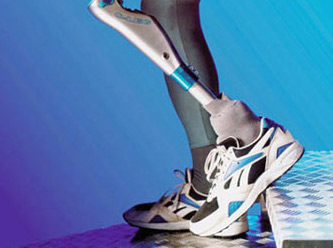 Yerli protez bacak ürettiler