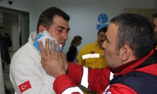 Hasta yakını 112 doktorunu bıçakladı
