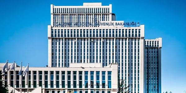 """Türkiye ile Karadağ arasında """"sosyal güvenlik"""" alanında işbirliği"""