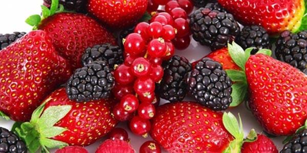 Kırmızı meyveler sizi nasıl korur?