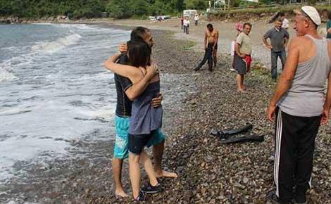 Denizde kaybolduğu sanılan doktor kayalıklarda bulundu