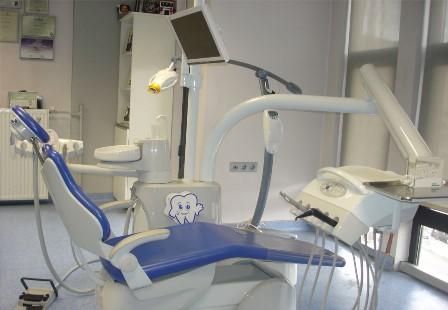 Diş kliniğinde 88 bin liralık soygun!