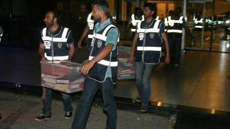 İzmir'de üniversite ve hastanedeki arama 21 saat sürdü