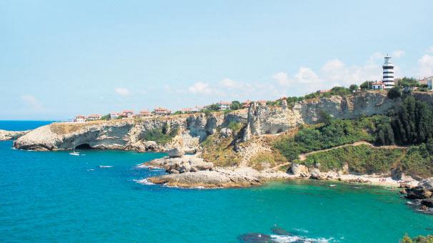 Kovid-19 ile sarsılan turizm sektörü 'sağlık'la şekillenecek