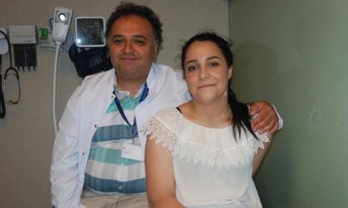 Fil hastası kızı Türk doktor tedavi etti