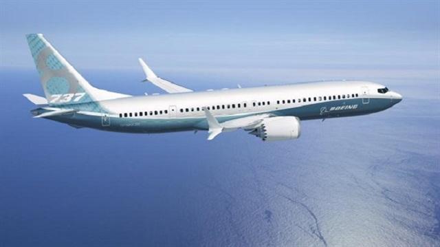 Boeing 737 ile ambulans uçak çarpıştı!