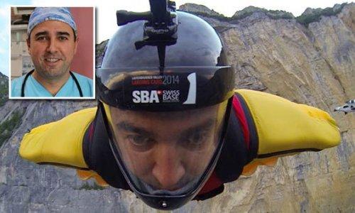 """""""Paraşütçü"""" kalp cerrahı, Fransa'da hayatını kaybetti"""
