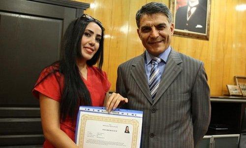 'Kahraman ebe' başarı belgesi ile ödüllendirildi