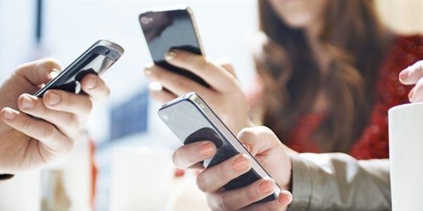'Akıllı telefonlarda saat' uyarısı
