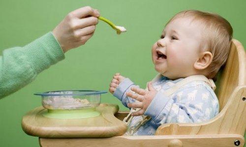 Bebeklikte alınan fazla tuz tansiyon hastası yapabilir!