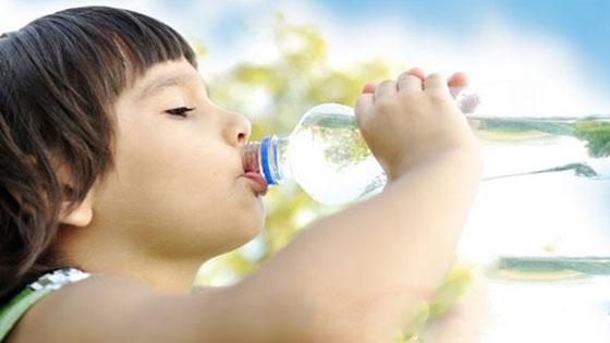 Çocuklarınıza su içirmeyi ihmal etmeyin!
