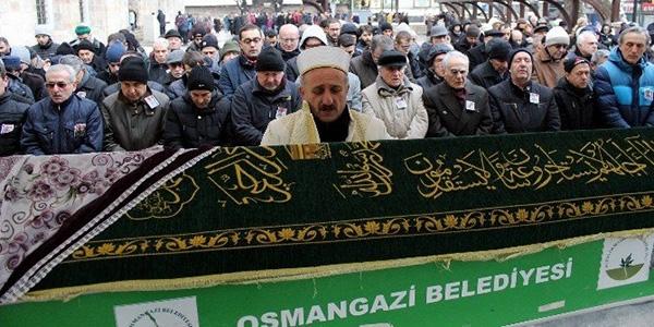 Bursa'da beyin kanaması geçiren doktor hayatını kaybetti
