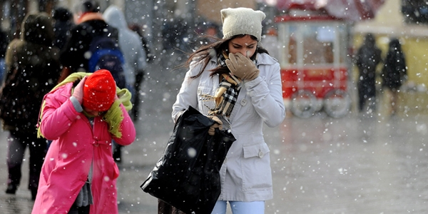 Soğuk havada yüz felcine dikkat