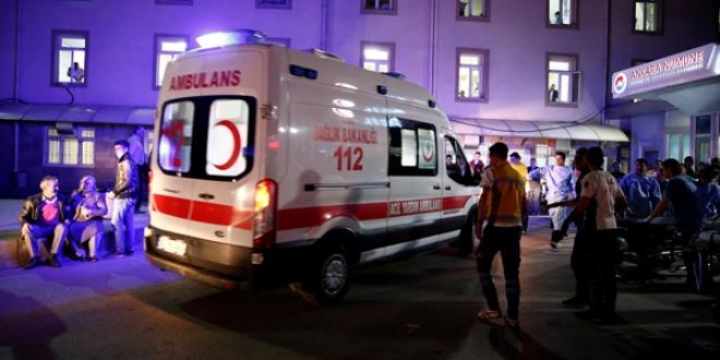 Sağlık Bakanlığı: 4'i yoğun bakımda 12 yaralı tedavi görüyor