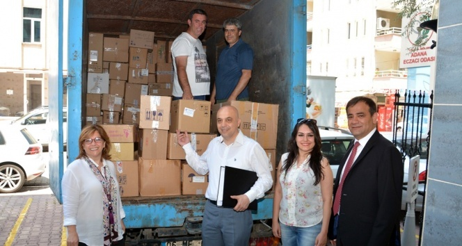 Adana'da 2 ton miadı dolmuş ilaç toplandı