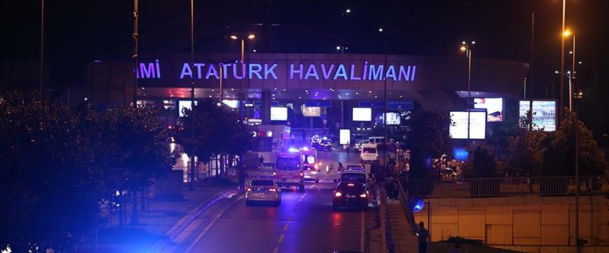 Sağlık Bakanlığı'ndan Atatürk Havalimanındaki patlama hakkında açıklama