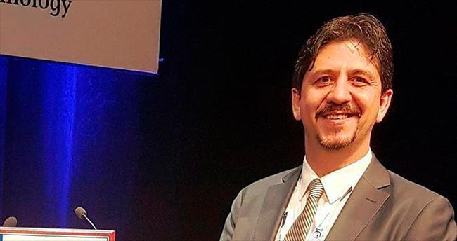 Türk cerraha 'genç bilim insanı' ödülü