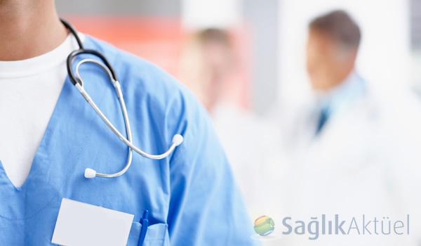 """Tıp fakültesi diplomalarında """"Tıp Doktoru"""" unvanı yer alacak"""