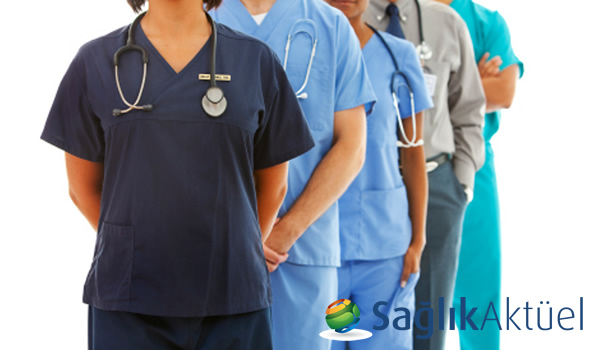 YDÜ, Hemşirelik bölümü için tam burs kazanan 77 öğrenciyi açıkladı