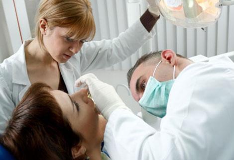 Diş eti hastalıkları 'erken doğuma' neden olabiliyor