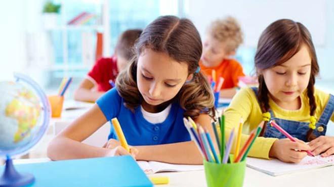 Okula dönüşte çocuğunuzun kıyafet boyu değişimini gözlemleyin