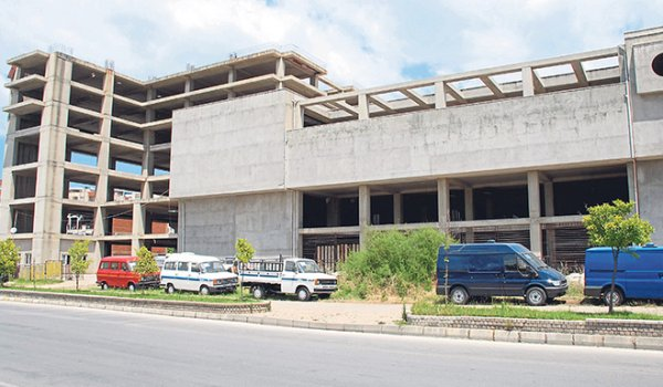 Sağlık Bakanlığı'na devredilen Yimpaş binası sağlık kompleksi oluyor