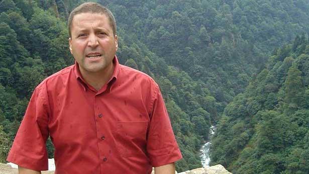 Kalp profesörü, kalp krizinden öldü