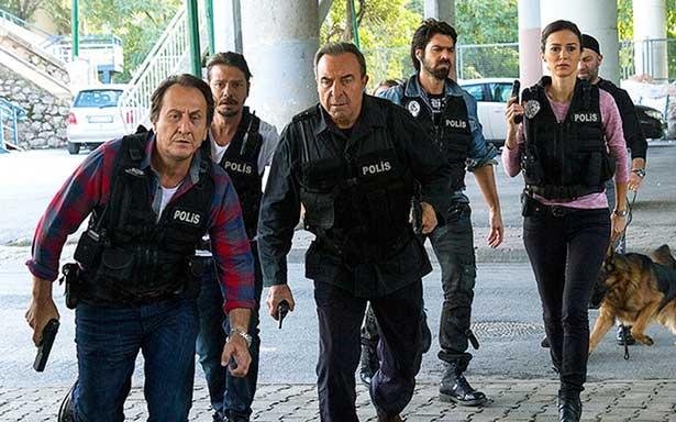 112 çalışanları 'Arka Sokaklar' ekibinden özür bekliyor