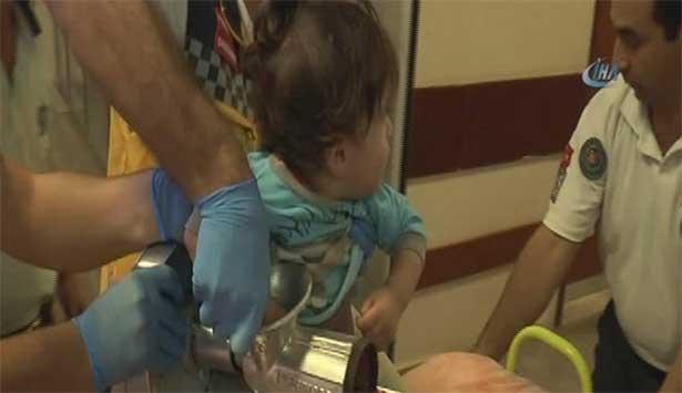 Kolunu kaptırdığı kıyma makinesiyle hastaneye getirildi