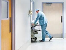 10 hastadan biri hastane infeksiyonu kapıyor