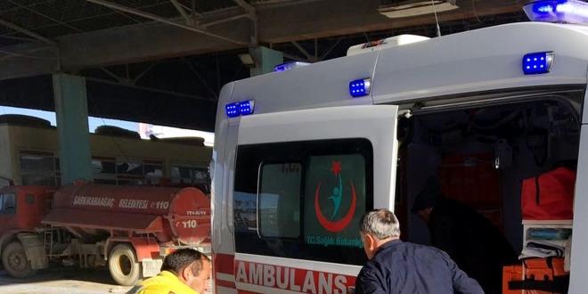 Tam teşekküllü ambulansla kum taşıdılar