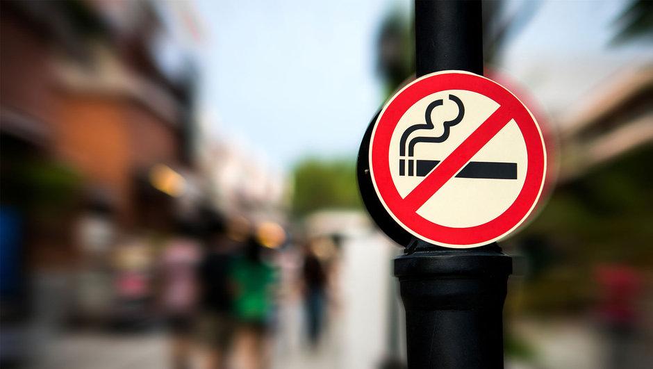 """""""Elektronik sigara hiç masum değil, adeta zehir saçıyor!"""""""