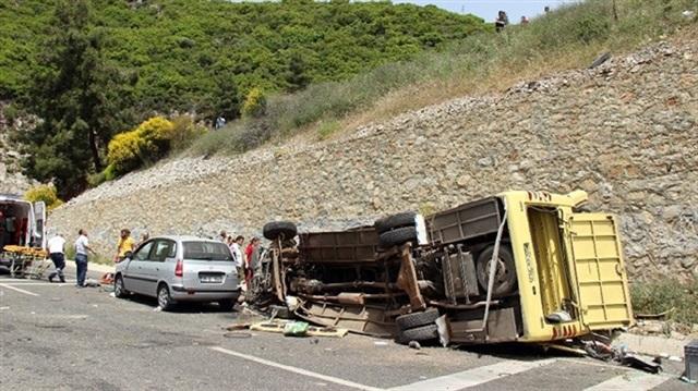 Muğla'daki kazada midibüs sahibi tutuklandı