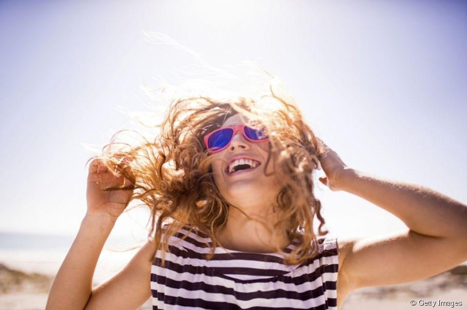 Yazın saçlara sağlık katacak 5 bakım önerisi