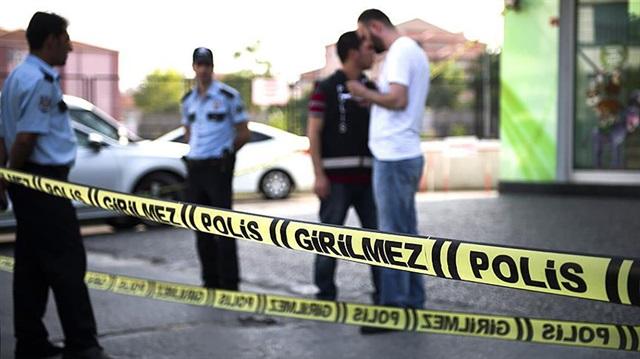 Konya'da gece yarısı dehşet: Eşini ve misafirini öldürüp, çocuğuyla kaçtı