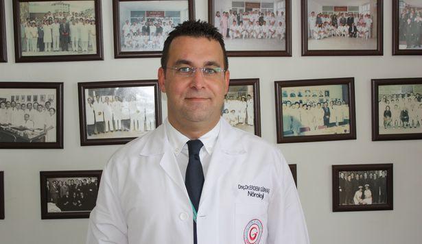 Türk hekim inme tedavisindeki yeni yöntemiyle dünya literatürüne geçti