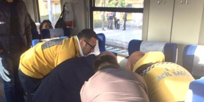Trende kalp krizi geçiren kadın yolcu, öldü