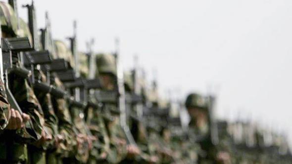 Önlisans mezunlarına 'kısa dönem askerlik' gündemde