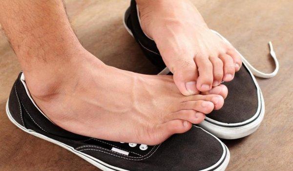 Ayak kokusu sebepleri ve çözüm yolları